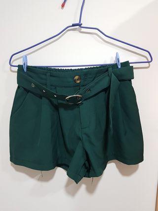 全新♡墨綠色雪紡短褲(含腰帶)