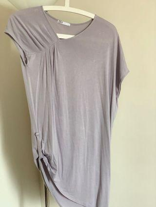🚚 Grey Top from Dyel