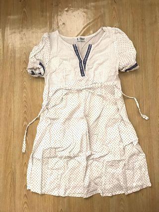 Modern mom polka dot white dress