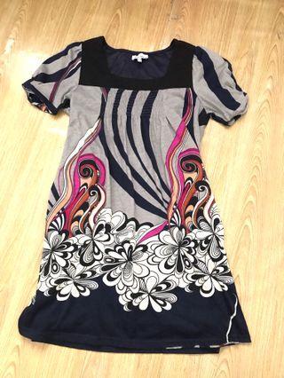 Flowery pattern dress