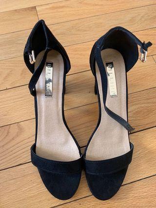 Billini Brand New Black Suede Black Heels Size 10