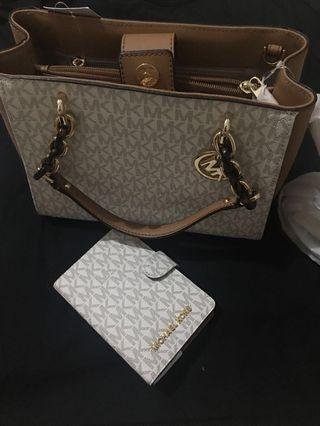 Sale!!! Michael Kors Sofia MD NS Tote Bag plus Jet Set Travel Passport Case from the US