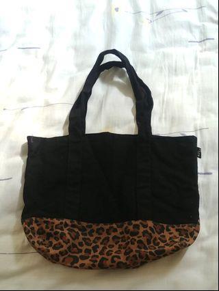 豹紋款手挽袋