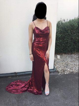 RENT/SELL SEQUINS DRESS