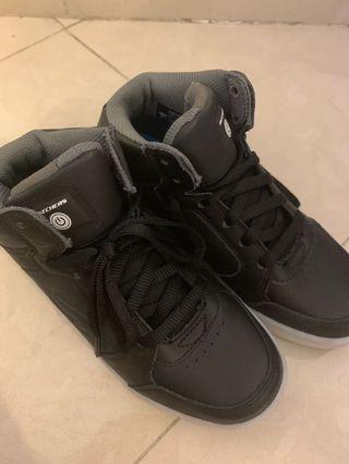 Skechers閃爍鞋