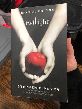 Twilight - Stephanie Meyer