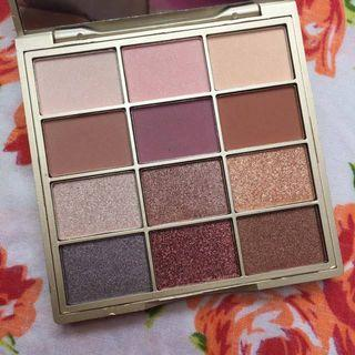 STILA Matte N Metal Eye Shadow Eyeshadow Palette0