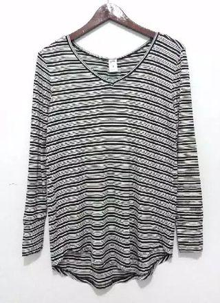 V-Neck Now Longsleeve Blouse Women Top BW Striped Black and White Striped