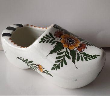 荷蘭木屐鞋(陶瓷做的) 買至荷蘭 當擺飾或送禮