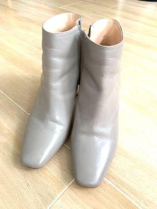 Zara Light Grey Leather ankle boot 真皮淺灰短boot