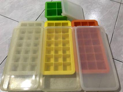 ❄️Silicone Ice cubes containers (BPA free)