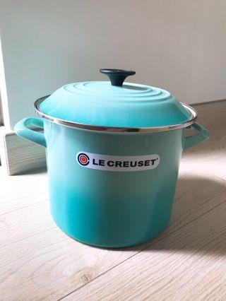 Le Creuset cool mint 7.6L pot