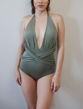 Plunging One piece in green