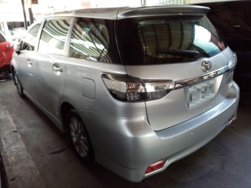 2013年 Toyota Wish 2.0 七人座