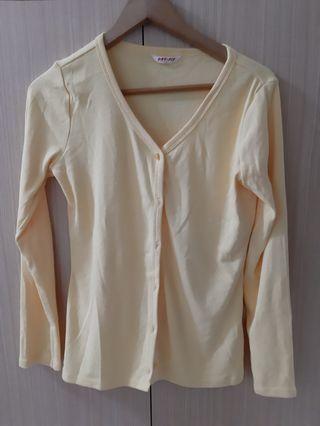 🚚 Lativ Dry fit鵝黃罩衫