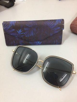 Kaca kaca sunglasses #Carouselland