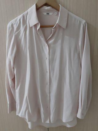 🚚 Uniqlo粉色襯衫
