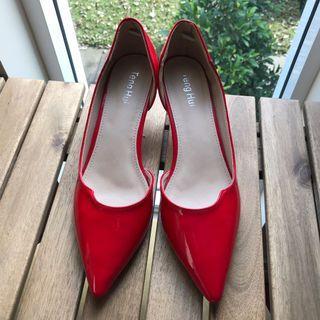 Brand new kitten heels. Size 38