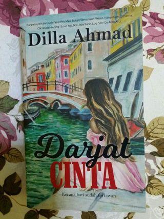 Novel Darjat Cinta, Dilla Ahmad