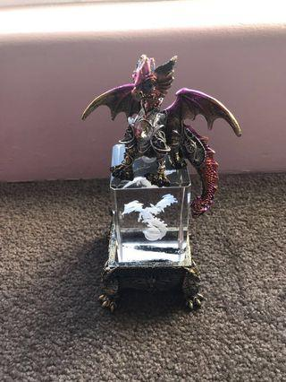 BN DRAGON on CRYSTAL USB LIGHT comes in box