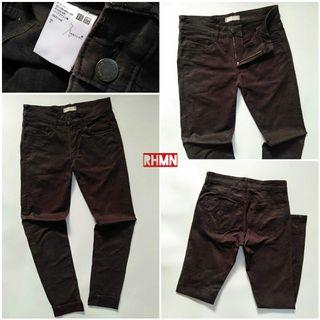 UNIQLO JEANS SLIM 29-30