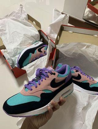 """🚚 Nike Air Max 1 """"Have a nike day"""""""