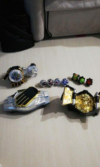 Kamen rider dx wizard and beast driver for sales along with dx dragon timmer