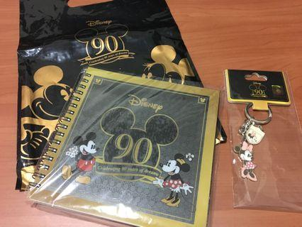 迪士尼90週年限定米妮筆記本+鑰匙圈