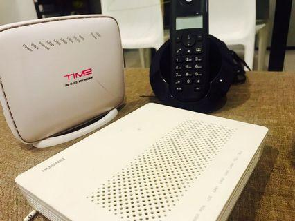 Set of router, modem and wireless phone