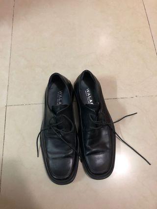 Walaci 皮鞋