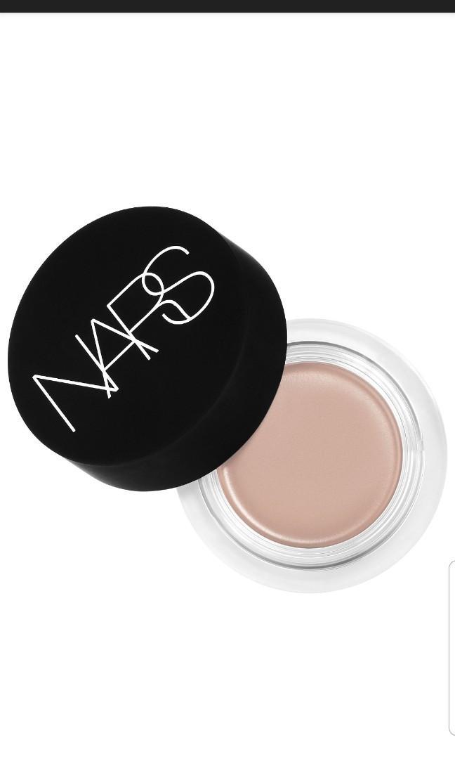 Brand new Nars Soft Matte Concealer Creme Brulee $20