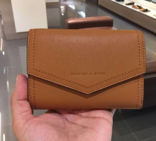 Charles and Keith Envelope Wallet