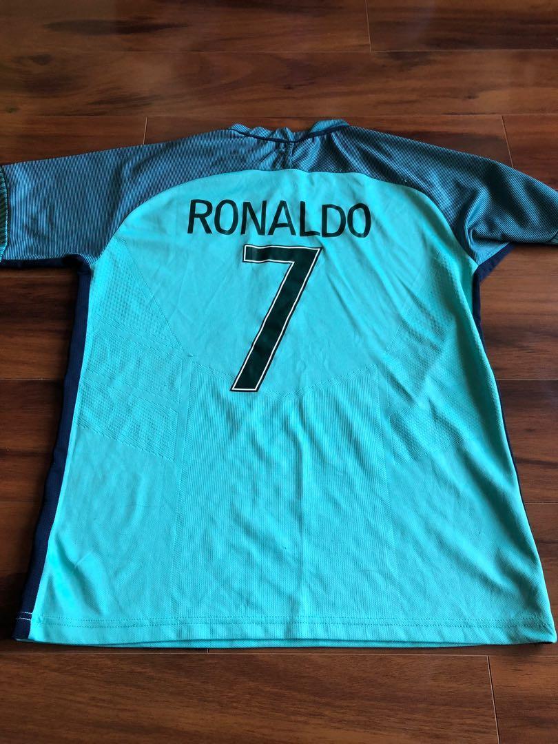 CRISTIANO RONALDO PORTUGUAL EURO 2016 JERSEY (M/L)