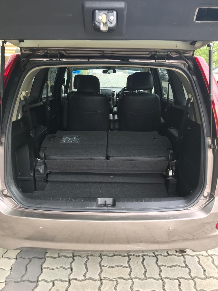 Nissan Presage 2.5A ~ Friendly Family Car at Low Rental Rate