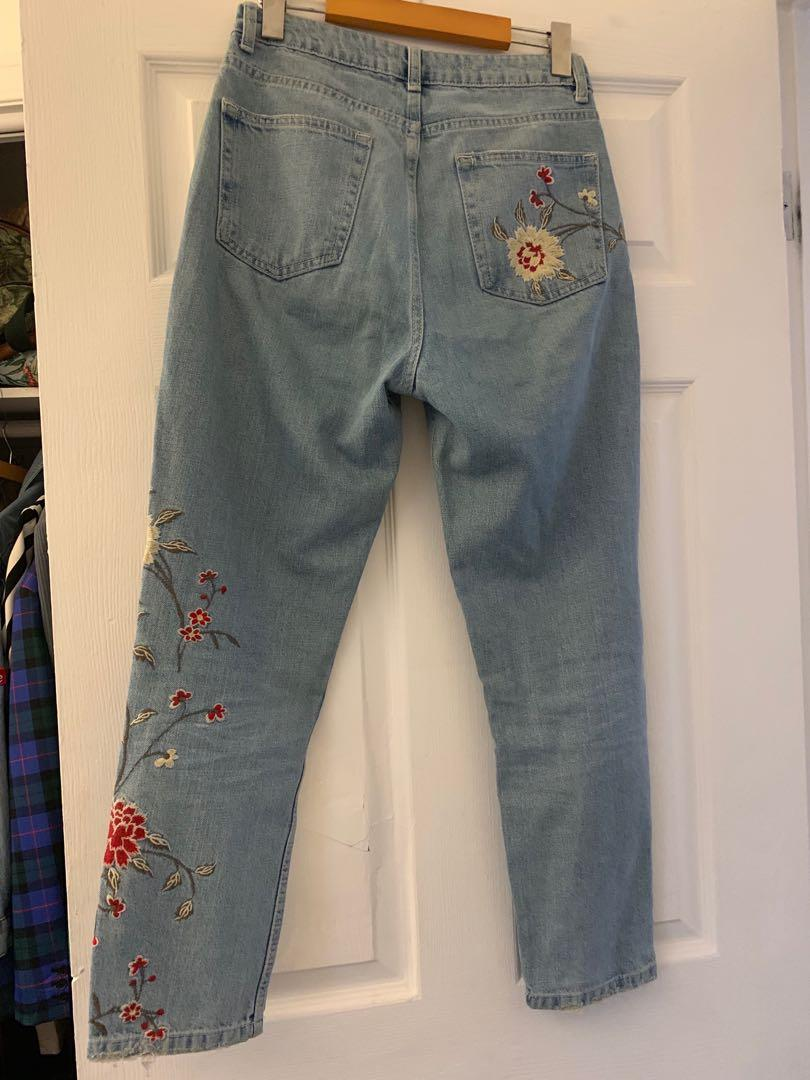 Topshop embroidered mom jeans sz 28W30L