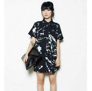 YHF Shirt Dress in Black Marble