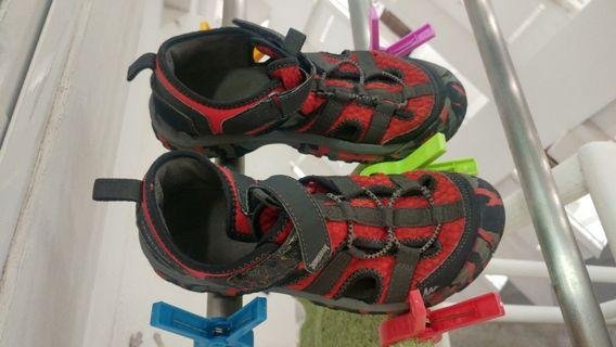Kids Sandels Size 7.5 (for around 8 to 11 years old)