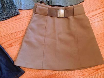 H&M Tan Skirt