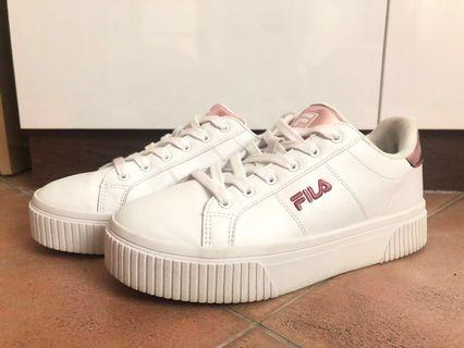 FILA White Sneaker with Rose pink