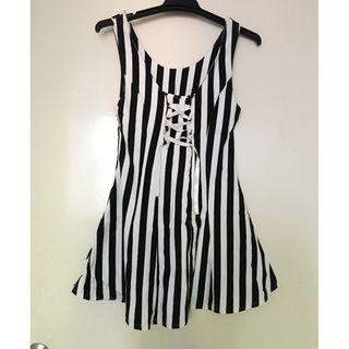 Brand New Striped Sleeveless Dress with Lace Up Detail 全新間條背心修腰裙