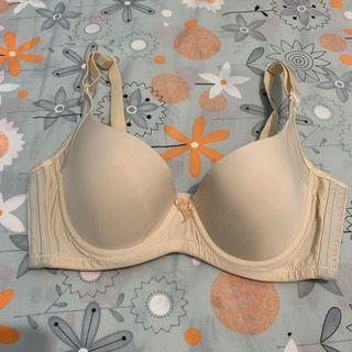 Bra 女裝內衣 胸圍 70b 台灣竹炭胸圍 調整胸型 收副乳光面胸圍