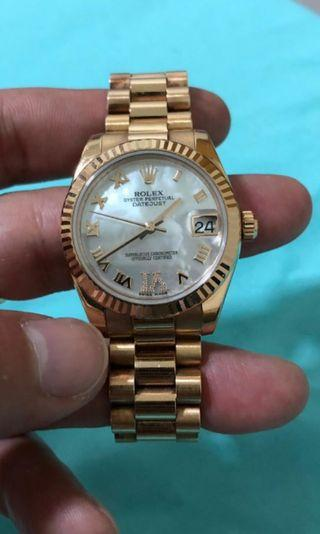 Like new Rolex Queen Rose gold Datejust president bracelet white mother of pearl