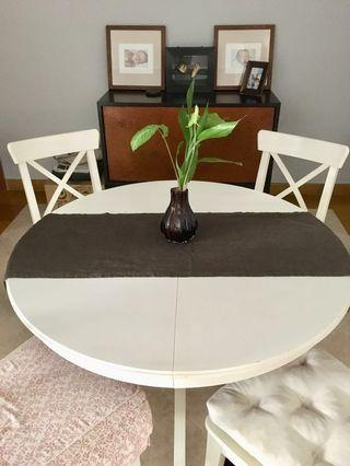 White Extendable 4-6 Dining Table - till end of Jul