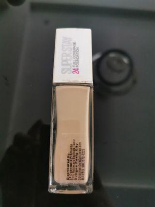 L'oreal Superstay 24 hour full coverage foundation in 120