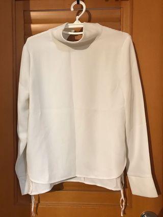 initial 全新企領白色2碼上衣