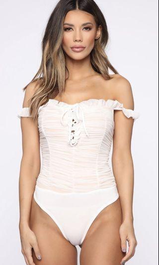 🚚 Fashion Nova Maura Mesh Short Sleeve Bodysuit
