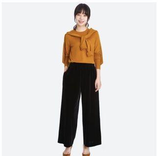 Uniqlo Velvet Wide Pants
