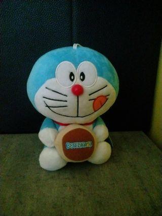🚚 Doraemon Plush Toy