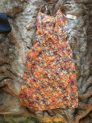 Bnwt orange floral button up dress w tie back