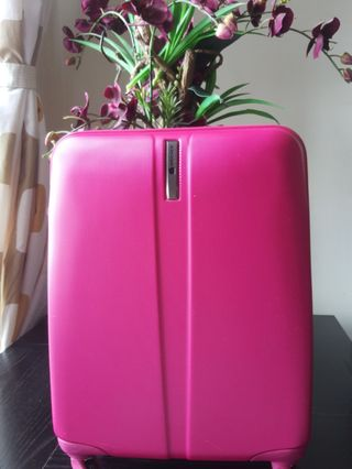 🚚 Delsey cabin luggage
